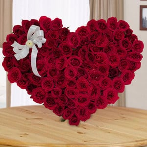 Heart And Soul 100 Red Roses Online - Online Flowers and Cake Delivery in Ahmedabad