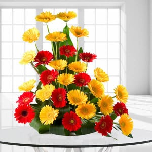Beautiful Bright - Online flower shop - Kiss Day Gifts Online