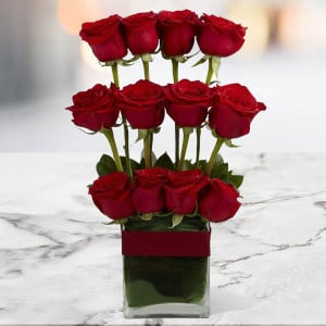 Style Of 12 Red Roses Online - Online Flowers Delivery In Pinjore