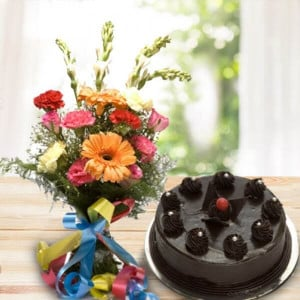 Breathless 16 mix flowers with chocolate cake - Online Flowers Delivery In Pinjore