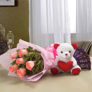 Pretty Pink hamper - Flowers Delivery in Chennai