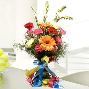 Beautiful Dream Online Delivery - Online Flowers and Cake Delivery in Hyderabad