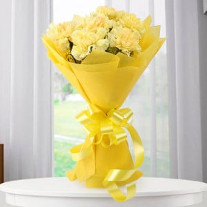 Twinkle Twinkle 20 yellow carnations - Send Anniversary Gifts Online