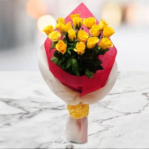 Thinking Of You 15 Yellow Roses Online - Send Midnight Delivery Gifts Online