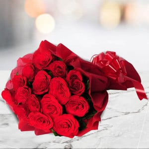 15 Red Roses Bouquet - Send Flowers to Moradabad Online