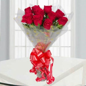 Vivid 10 Red Roses - Send Flowers to Dindigul Online