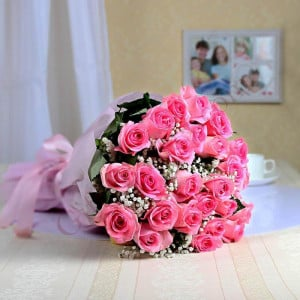 Sweet Pink 25 Pink Roses Online - Send Flowers to Indore | Online Cake Delivery in Indore