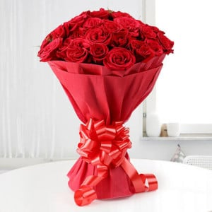 Roses N Love 20 Red Roses - Send Midnight Delivery Gifts Online