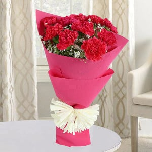 Love Feelings 10 Red Carnations - Anniversary Flowers Online