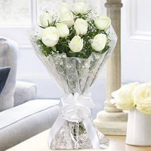 10 White Roses Bunch Online - Anniversary Gifts for Husband