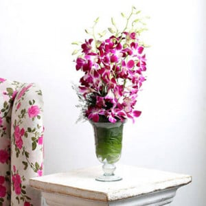 Hello Beautiful Lady - Glass Vase Arrangements