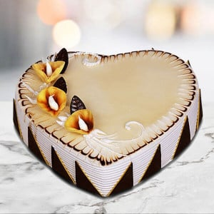 Online Top Creamy Butterscotch Cake - Send Heart Shaped Cakes Online