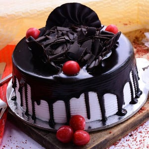 Online Chocolate Special Excess cake - Kiss Day Gifts Online