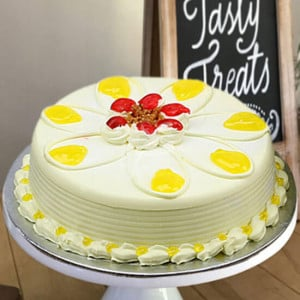 Online Butterscotch Delight Cake Half Kg - Online Cake Delivery in India