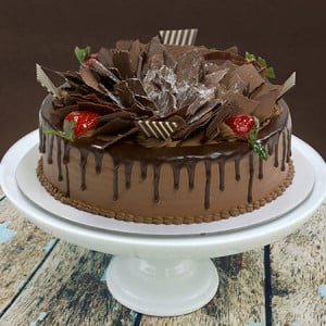 Scrumptious Chocolate Flakes Cake 1kg - Online Cake Delivery in Karnal