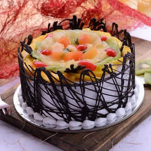 The Delicious Chocolate Twist 1kg - Online Cake Delivery In Jalandhar