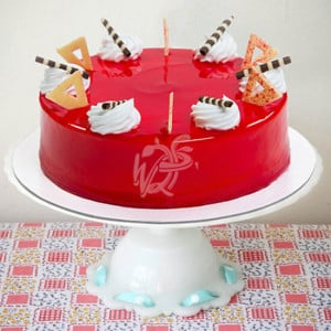 Round Shape Strawberry Top Cake - Online Cake Delivery in Delhi