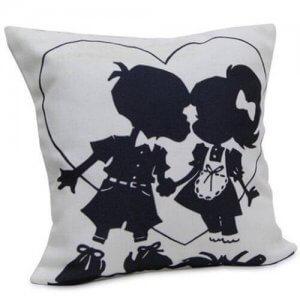 U N Me Cushion - Cushion