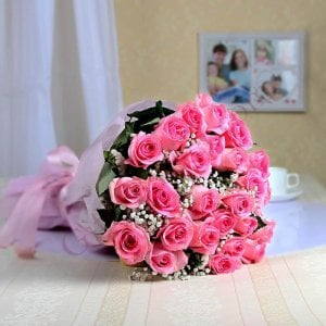 Sweet Pink 25 Pink Roses Online - Send Flowers to Guwahati | Online Cake Delivery in Guwahati