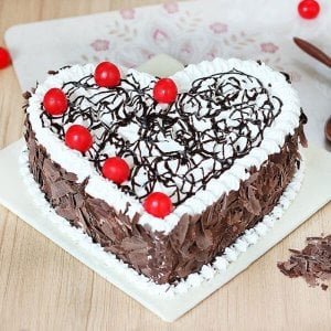 Heart Shape Black Forest - Send Cakes to Sonipat