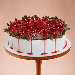 Loved Strawberry Cake Online - Birthday Gifts Online