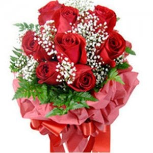 Bunch Of 8 Red Roses - Flower Bouquet Online