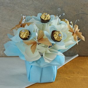 Crush on Rochers - Chocolate Bouquet Online