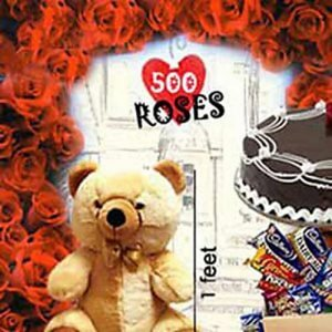 500 RosesLove Special - Kiss Day Gifts Online
