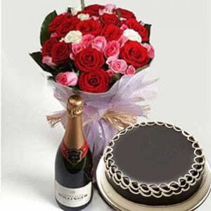 Wine Celebration - Wedding Anniversary Bouquet with Cake Delivery
